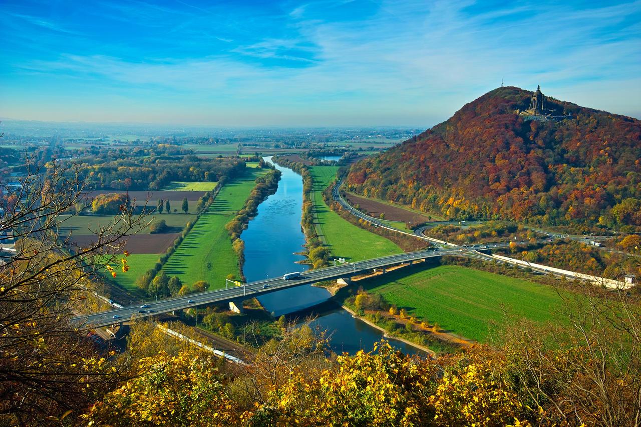 Blick über die Landschaft in Porta (©ruzi - stock.adobe.com)
